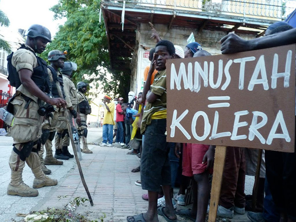 Haitian street demonstrators want the UN's MINUSTUH troops to leave. Photo by Ansel Herz / Mediahacker / The Rag Blog.