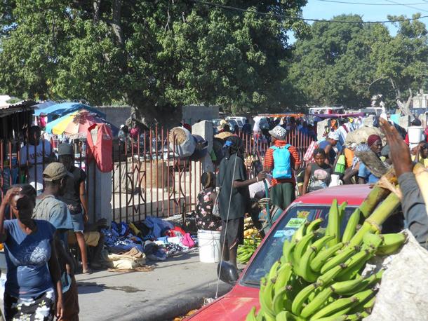 HaitiStreetLife_Feb2013
