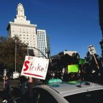 <!--:en-->Occupy Oakland Crowd Swells to Thousands<!--:-->