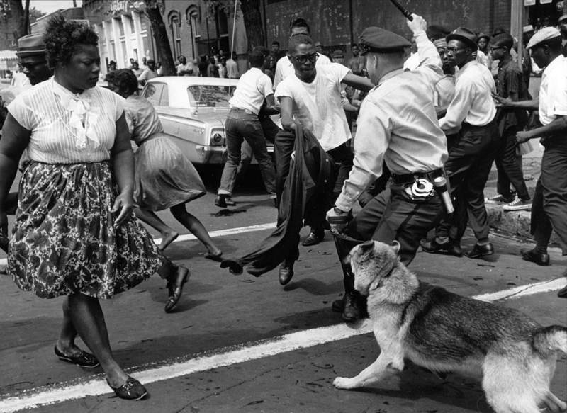 Birmingham-1963h-CharlesMoore