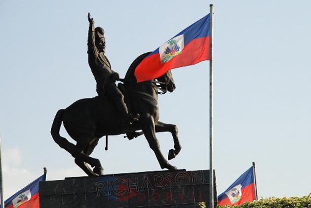Dessalines_sculpture