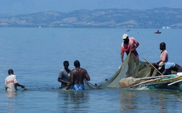 2Ileavache_pêcheurs_a