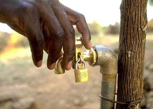 Kenya-water-tap